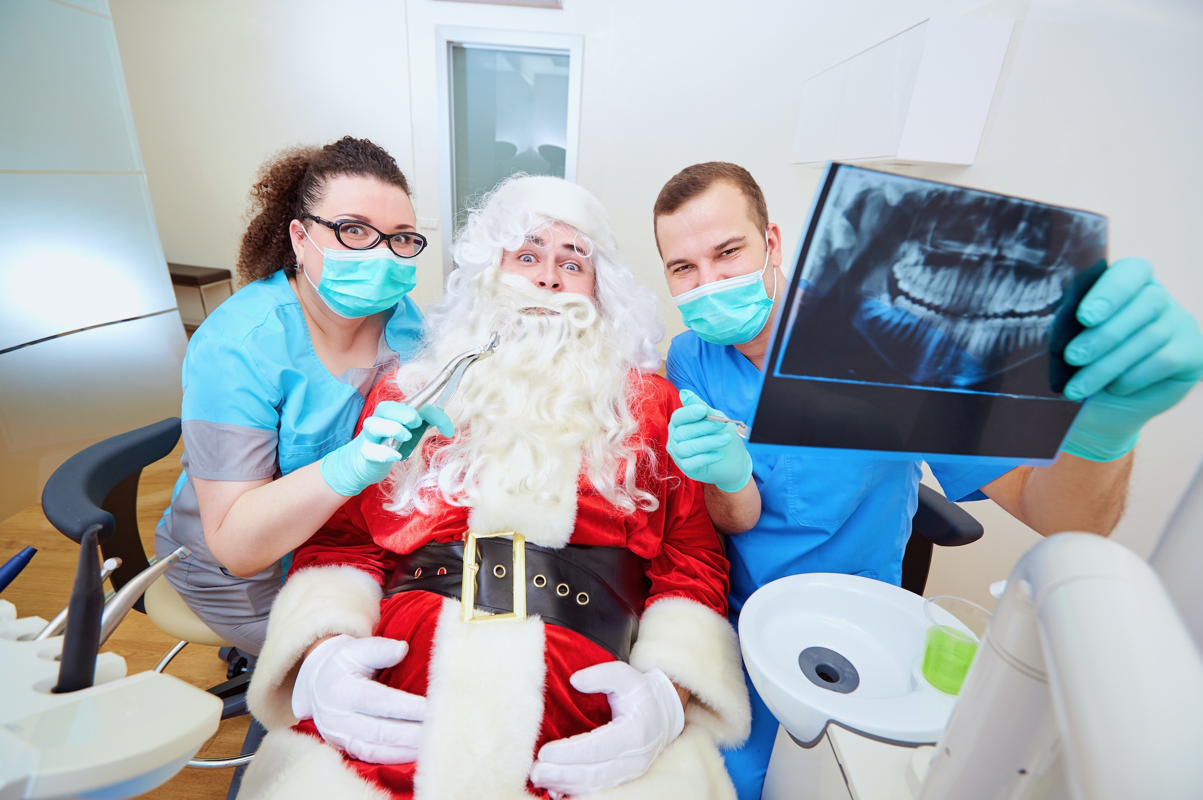 How can I find an emergency dentist over Christmas?